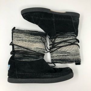 TOMS Suede and Sweater Laced Slipper Boots 5